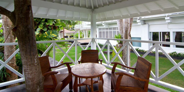 Canggu 7 Bedroom Luxury Beachfront Villa - Bali