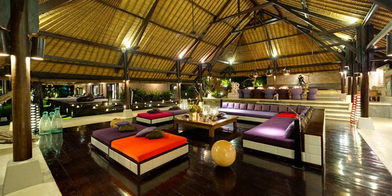 Chalina-Estate---Living-and-dining-room