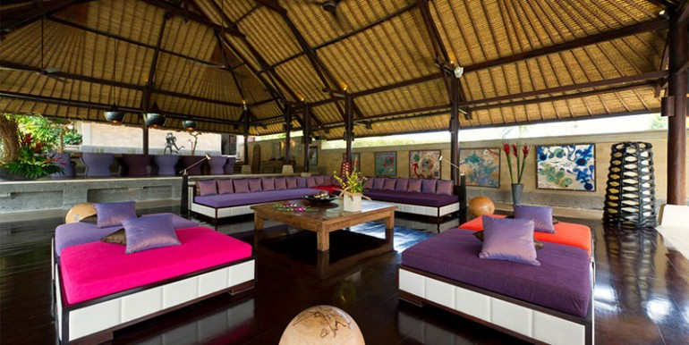 Chalina-Estate---Living-room-sofas