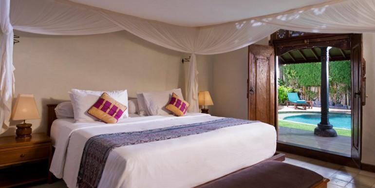 Villa-01-12-Bed-2