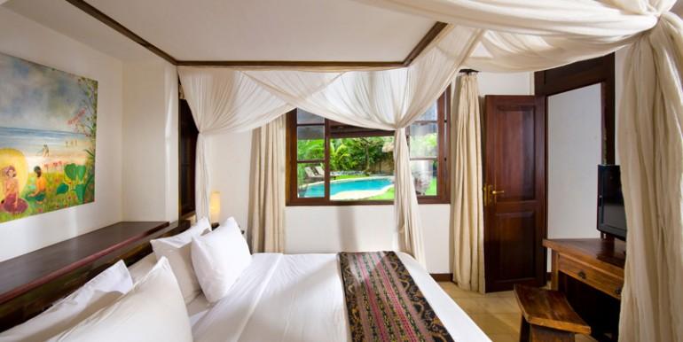 Villa-08-08-Guest-Bed