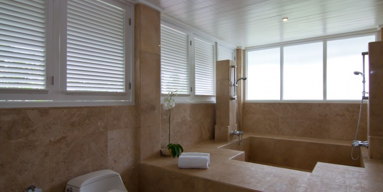 Canggu 7 Bedroom Luxury Beachfront Villa - BaliCanggu 7 Bedroom Luxury Beachfront Villa - Bali