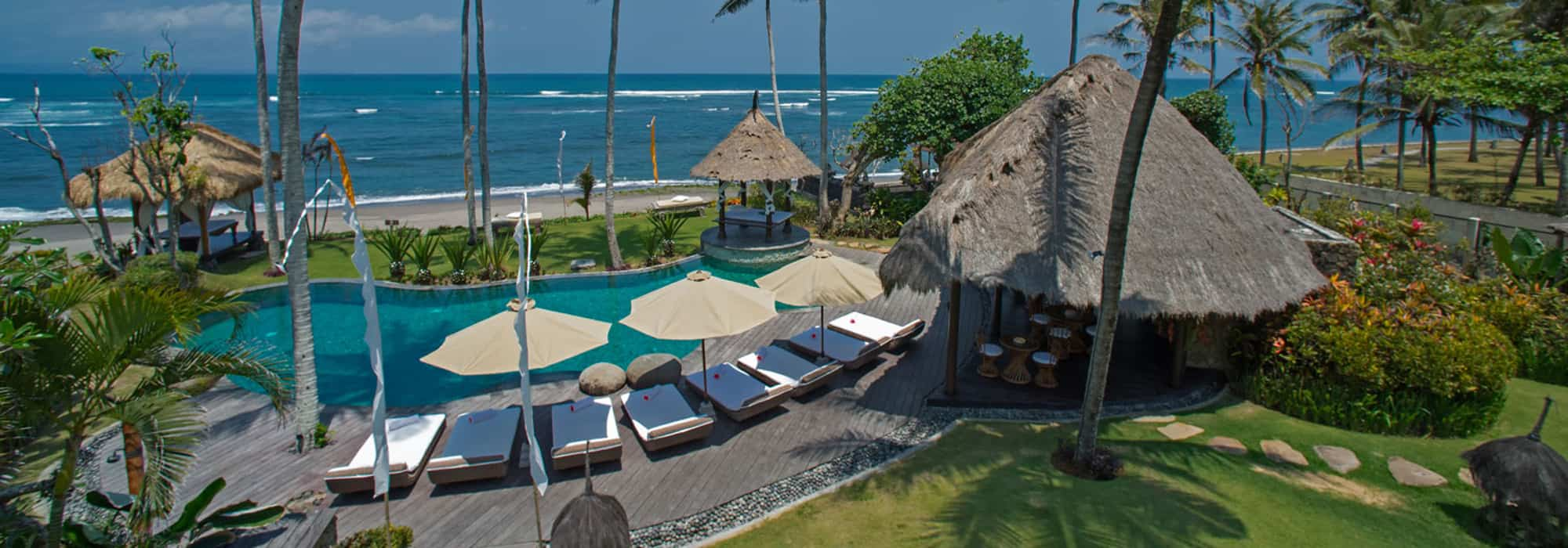 7 Bedroom Cemagi Beachfront Villa