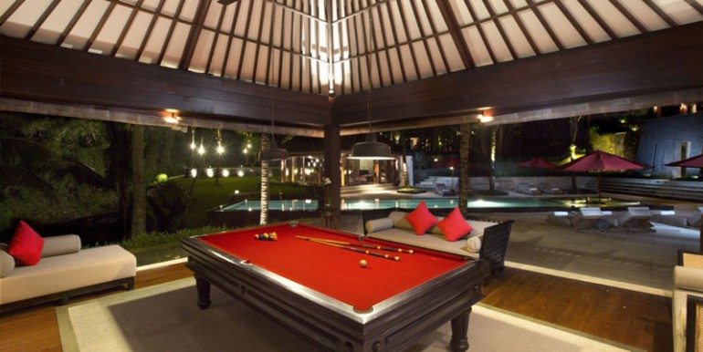 The-billiards-room-(1)
