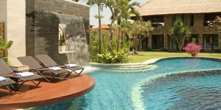 AS-Villa-Pool-side1