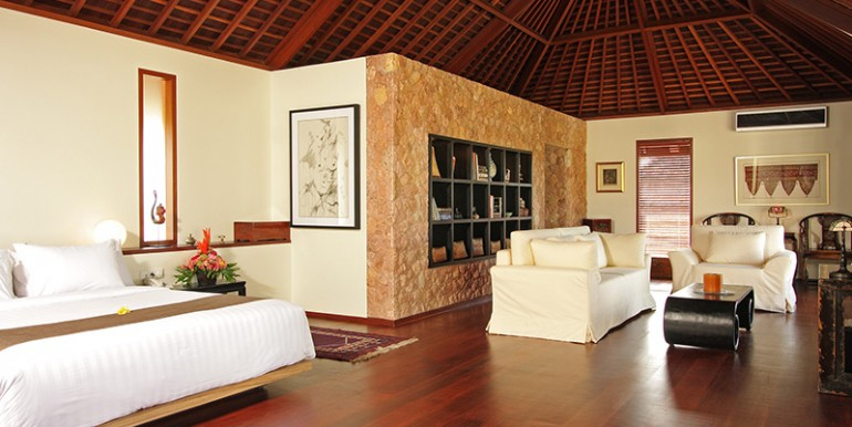 Villa-Sakti---Master-bedroom