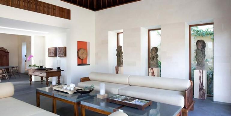 Villa-Satria-Indoor-living-area