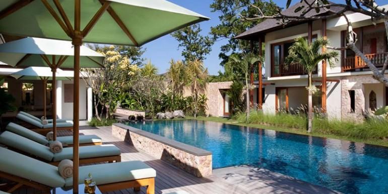 Villa-Satria-Poolside