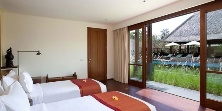 Villa-Satria-Twin-Bedroom