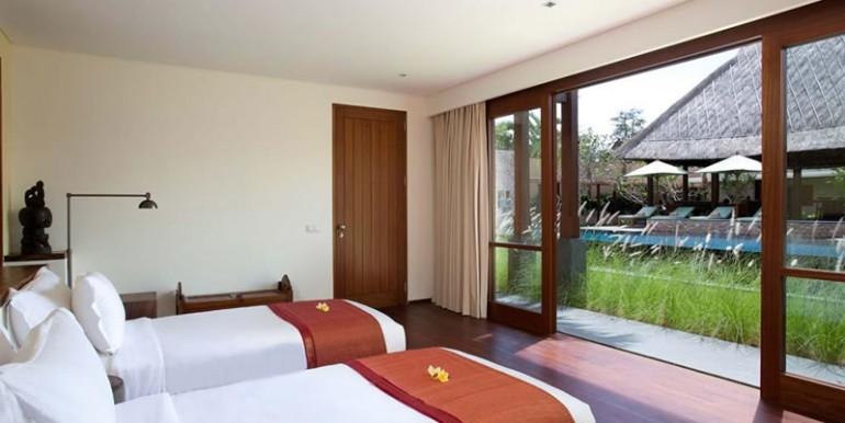 Villa-Satria-Twin-Bedroom