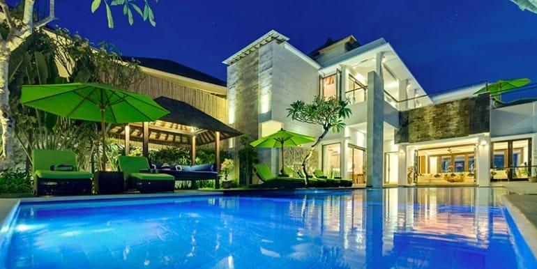 lu-evening-villa