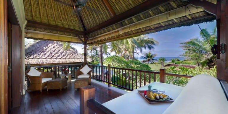 AMB-master-bedroom-veranda