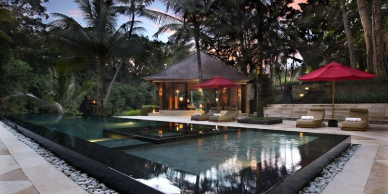 pool-(1)