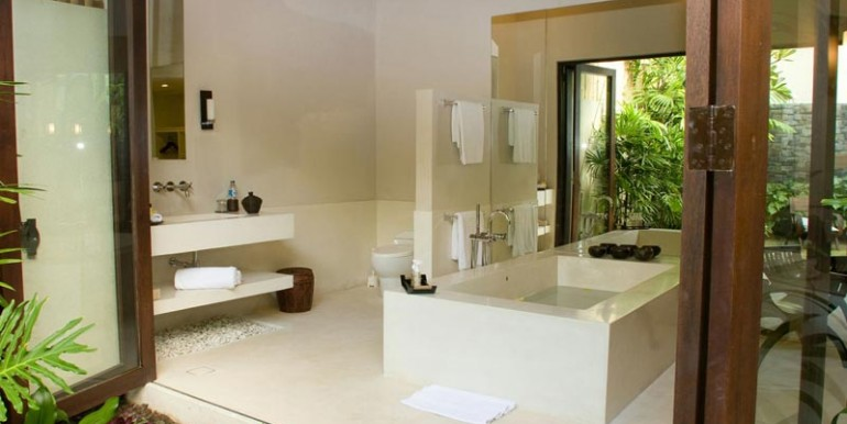sankara-villa-bathroom2-gl