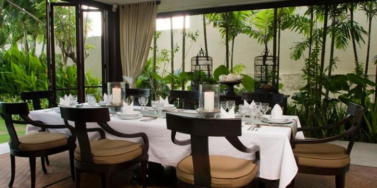 sankara-villa-diningroom-gl