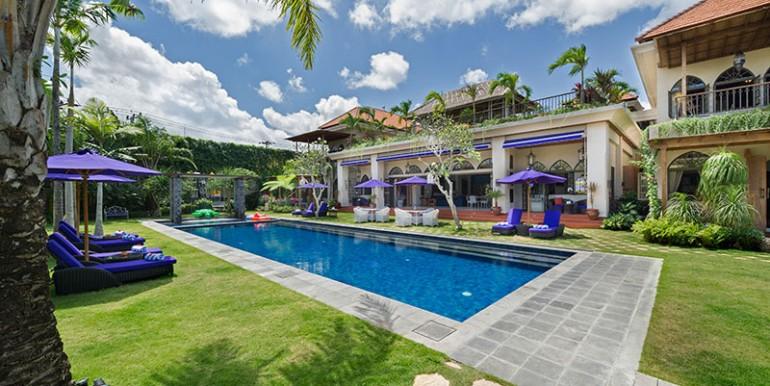 sayang-damour-the-villa