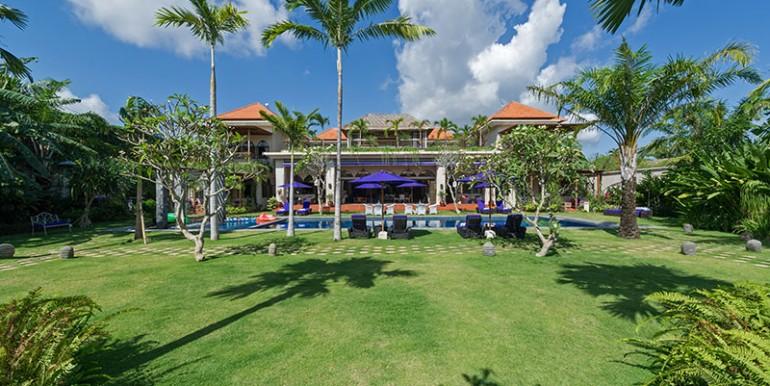 sayang-damour-villa-and-gardens