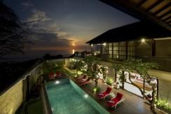 5 Bedroom Beachfront Seminyak Villa