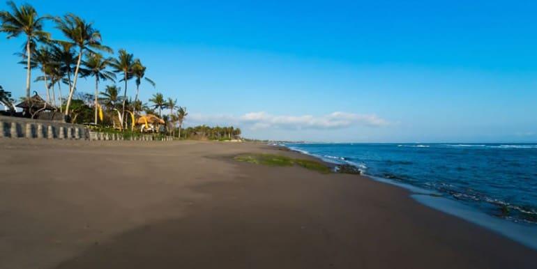 TAM-beach