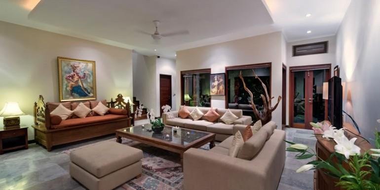 villa-i-living-room-at-night