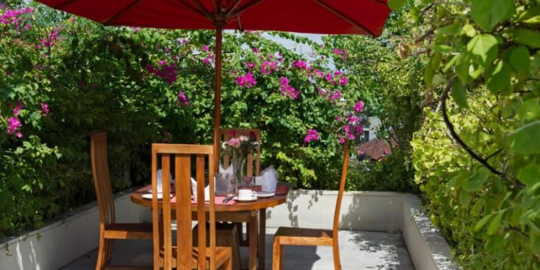 villa-i-upstair-patio